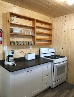 cabin 5-kitchen